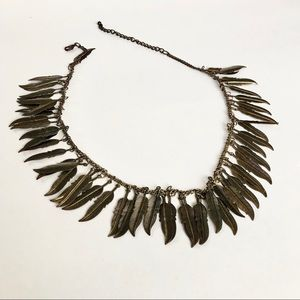 Stunning leaf necklace